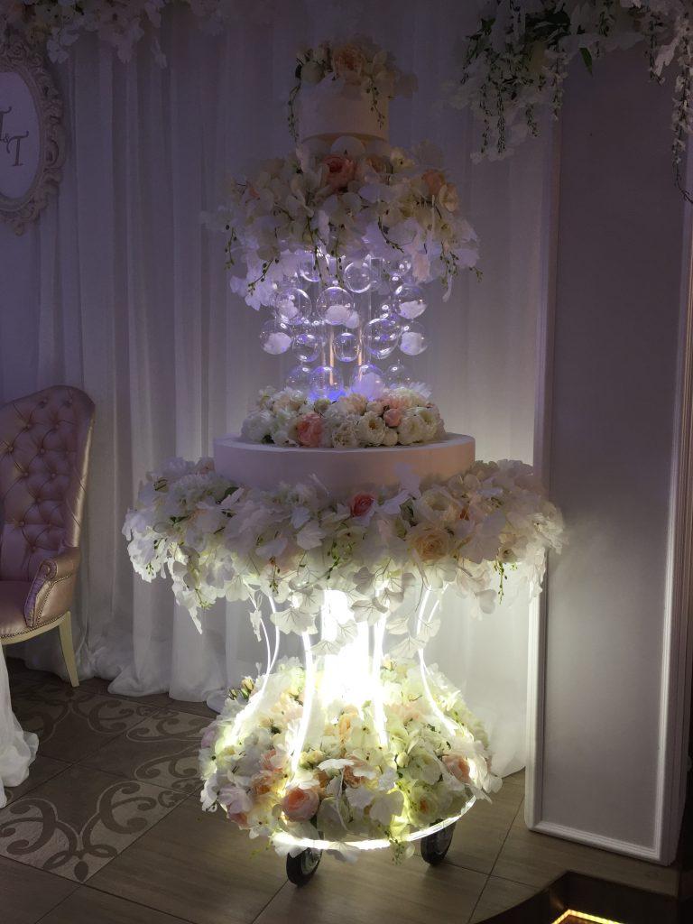 Тележка для торта с подсветкой